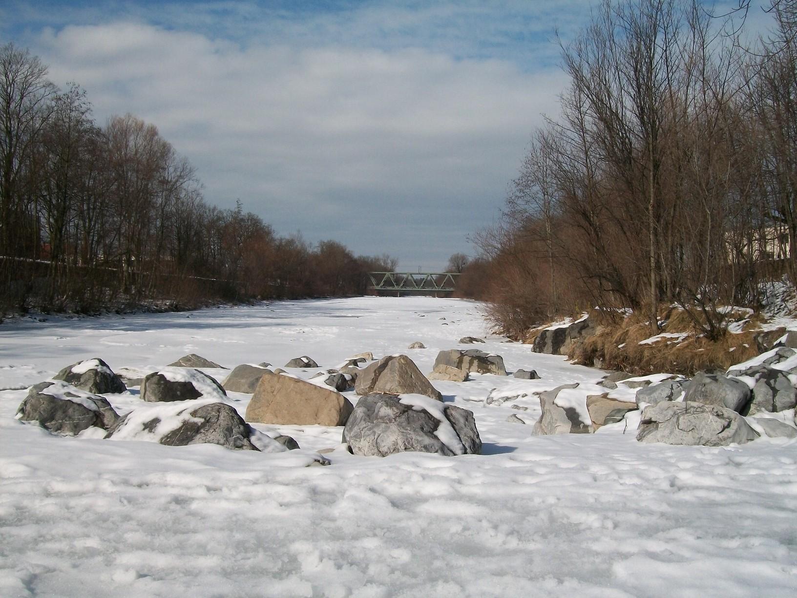 river-in